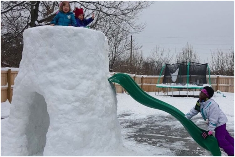 Dad Builds Igloo For His 9 Disabled Kids