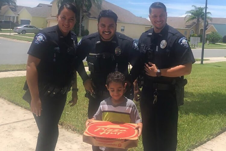 Hungry Boy 911 Pizza Cops